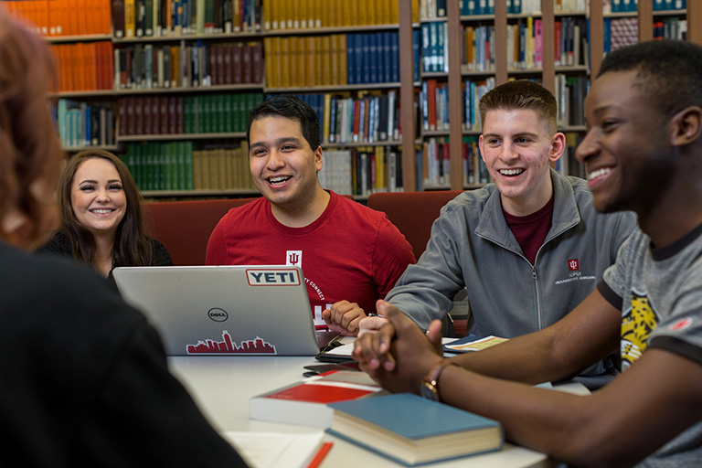 Students work together in University Library.